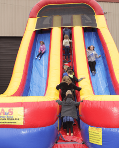 meyer-tool-open-house-slide-inflatable